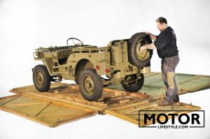 Jeep ww2 in crate057